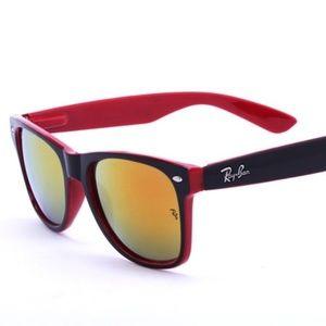 Ray-Ban Wayfarer Sunglasses RB2140